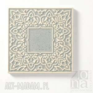 nietuzinkowe ceramika dekory kafle szare arabeski