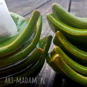 hand-made ceramika liść fusetka