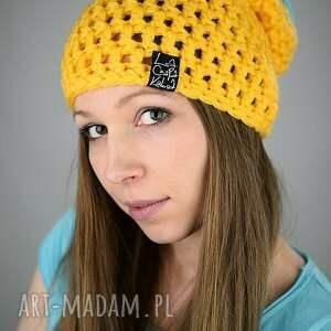żółte czapki czapka hellove 61
