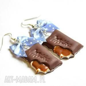 modne kolczyki toffi czekoladki