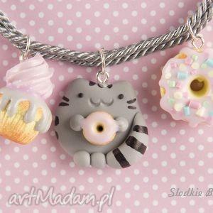 słodki pusheen, modelina, babeczka, pączek, donut, kot biżuteria, pod