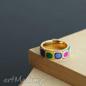 Obrączka ze stali , obrączki, pierścionki, kolorowe, tęczowe, geometryczne, złote