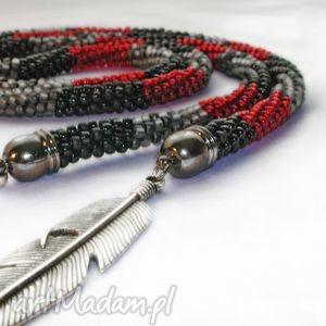 sznur trzy kolory z liśćmi, koraliki, toho, sznur