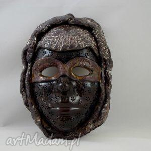 dekoracyjna maska z ceramiki, maska, ceramika, handmade, prezent, dekoracja dom, pod
