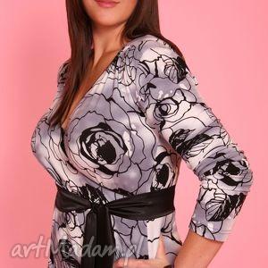 wzorzysta sukienka z szarfą, wzorzysta, szarfa, kopertowa, ekegancka, kobieca