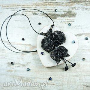 długi wisior z kwiatami orchidei - czarny, długi, wisior, kwiaty, orchidea, storczyk