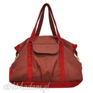 podróżne 07-0001 bordowa torebka sportowa torba fitness pigeon, modne, markowe