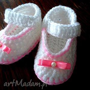 Szydełkowe buciki dla małej księżniczki , szydełkowe, wełniane, buciki, niemowlęce