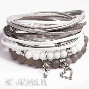 Prezent White&Grey, agat, serce, szklane, korale, posrebrzane, prezent