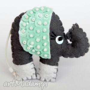 słoń - broszka z filcu i cekinów - słoń, biżuteria, dziecko