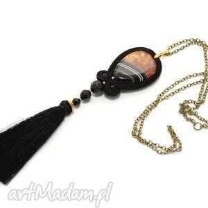 wisiorek sutasz z agatem, soutache, sznurek, elegancki, długi, czarny, kolorowy