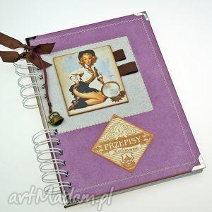 scrapbooking notesy przepiśnik- pin-up girl w fioletach, książka, kulinarna, przepisy