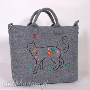 jasna, duża filcowa torba na której zamieszkał kot, torebka, duża, filc, folk