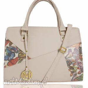 sztywna torebka - klasyczny kuferek łatka pastelowy róż motyle, sztywna