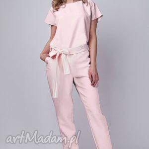 Kombinezon, KB102 róż, kombinezon, spodnie, bluzka, elegancki, pasek, różowy