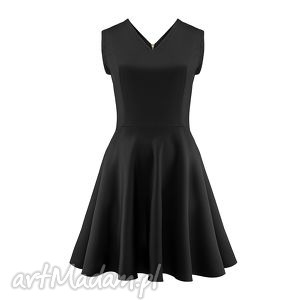 mała czarna z dekoltem, mala, czarna, wieczorowa, koktajlowa, slub, sukienka