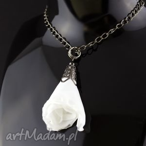wisiorki wisiorek ażurowy materiałowy biały czarny, wisiorek, lekki, materiał, ślub