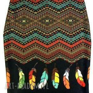 spódnica ołowkowa, spódnica, wzór, wygodna ubrania, prezenty na święta