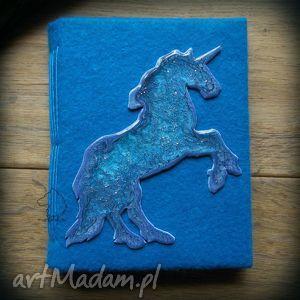 handmade notesy notes a6 z filcową twardą okładką i elastycznym grzbietem niebieski jednorożec
