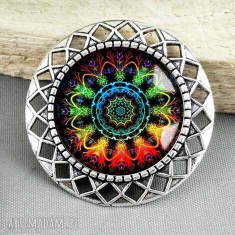 broszka mandala kolorowa- piĘkna i stylowa z aŻurem - mandale, kolory, tęczowa