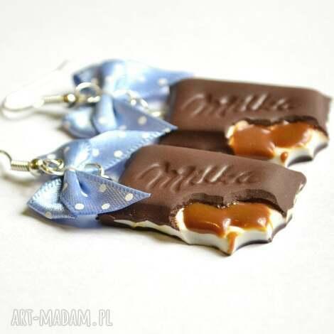 kolczyki czekoladki toffi, modelina, fimo, kokardki, czekolada, milka