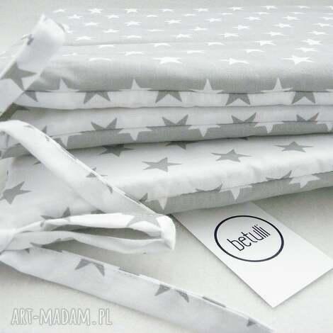 ochraniacz do łóżeczka scandi gwiazdki biało - szare - ochraniacz