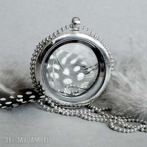 medalion z piÓrkiem - pióra, sekretnik, prezenty, matki, wyjątkowy, otwierany