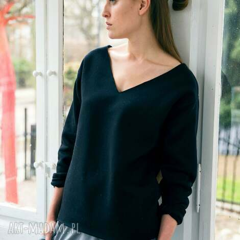 święta prezenty, velvet black oversize bluza, oversize, dekolt, czarny, casual