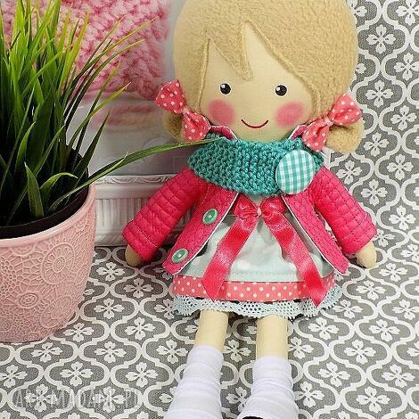 malowana lala iga z wełnianym szalikiem, lalka, zabawka, przytulanka, prezent