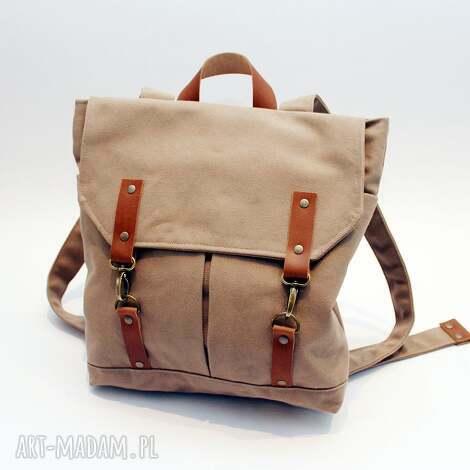 plecak beż, plecak, beżowy, karabinki, skóra, flisanna torebki