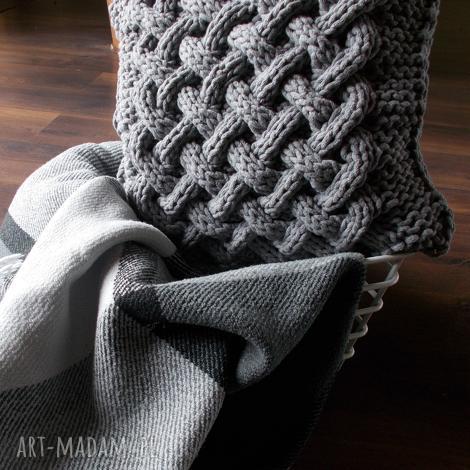 wyjątkowy prezent, poduszka splatana, poduszka, sznurek, bawełna, handmade