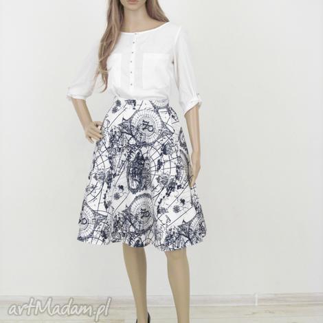 spódnica biała z wzorem kieszeniami, spódnica, spódniczka, koło, kieszenie, midi