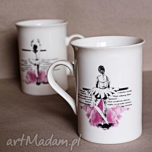Prezent Kubeczek z baletnicą, kubek, ceramika, baletnica, prezent, dziewczęcy