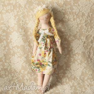 wiosenna bajka - lalka olga, lalka, wróżka, wianek, kwiaty