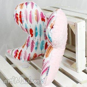 motylek- poduszka antywstrząsowa pióra róż - motylek, poduszka
