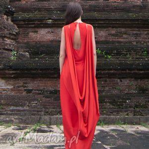 wyjątkowy prezent, lakszmi - sukienka, suknia, czerwień, czerwona, czarna, długa