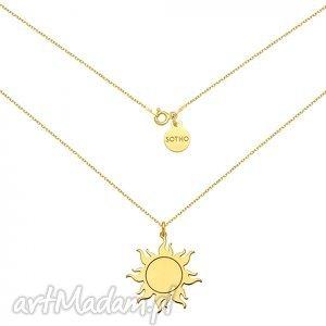 długi złoty naszyjnik ze słońcem, modny, naszyjnik, zawieszka, minimalistyczny