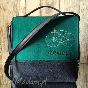 torebki filcowa torba z haftem, torebka, listonoszka, filc, haft, vintage, rower