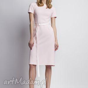 Sukienka. SUK128 róż, różowa, romantyczna, kobieca, subtelna, prosta, pasek