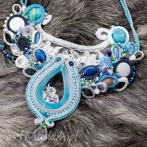 biało-błękitny naszyjnik ślubny - haft sutasz, ślub, naszyjnik, wisior, swarovski