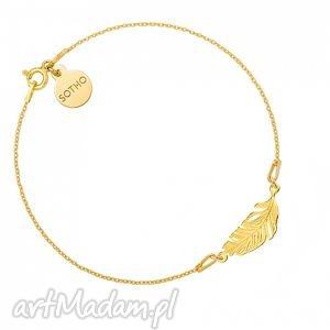 złota bransoletka z piórkiem, modny, minimalistyczny, delikatny, piórko, srebro