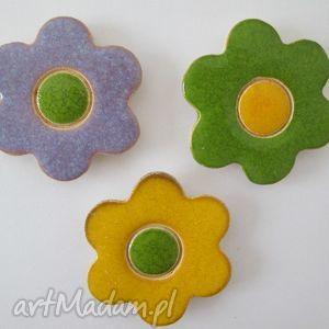 zestaw 3 magnesów, kwiatki, wiosenne, ozdoby, magnesy, ceramiczne, komplet magnesy