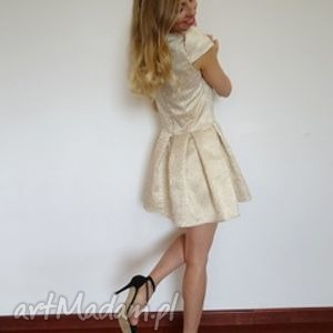 sukienka złoty żakard, wesele, lato, sukienki, zlote, koktajlowe, ekstrawaganckie