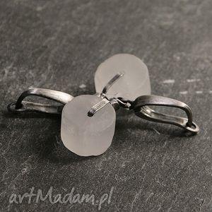 kolczyki kryształ górski na surowo, kryszyał, górski, srebro, oksydowane, surowe