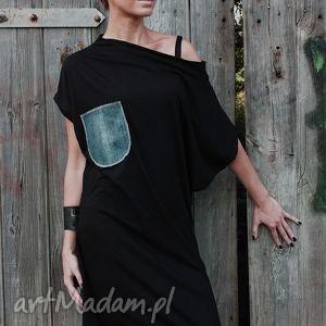 z jeansowa kieszenią-sukienka, wymyslan, klasyczna, tuszujaca, oryginalna, midi