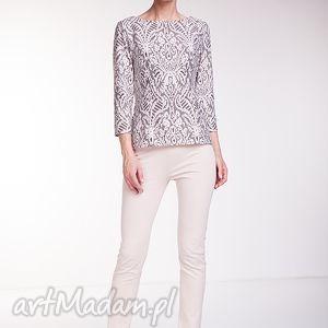 Bluzka Ramira, moda