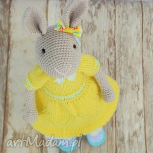 handmade zabawki szydełkowy króliczek chloe