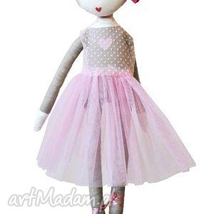 Ana, która lubi tańczyć. Lalka z sercem., baletnica, balet, tutu, balerina