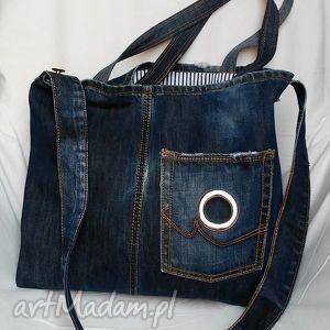 torba z granatowego jeansu , torba, jeans, recykling, ramię, modna, lato, święta