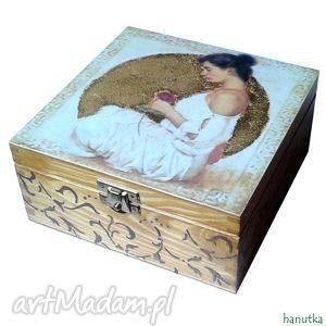 kobieta z różą - herbaciarka, pudełko, prezent, stylowe
